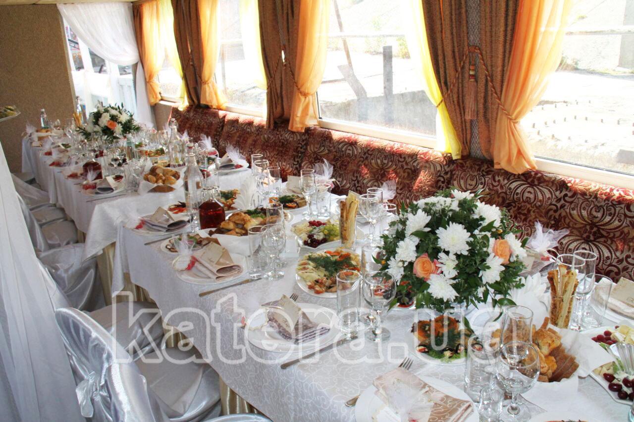 Свадебный банкет на теплоходе в Киеве