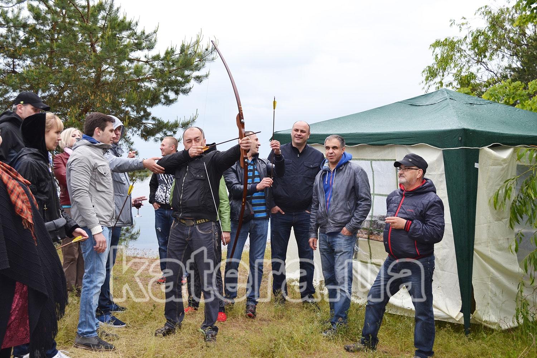 Аттракцион: стрельба из лука на острове - katera.ua