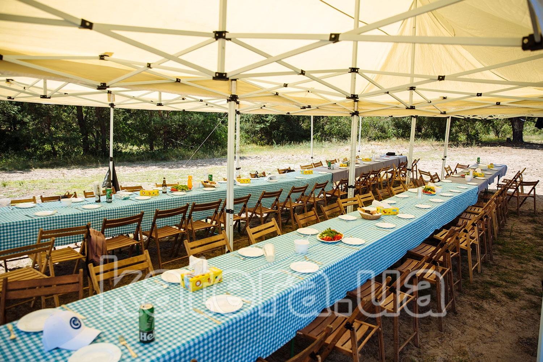 Подготовленная площадка с тентом для пикника на острове - katera.ua