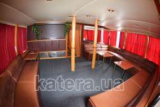 Салон с барной стойкой на нижней палубе теплохода Эколог - Katera.ua
