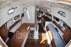 Салон внутри парусной яхты Александра - Katera.ua
