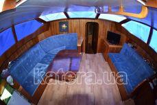 Кают-компания на нижней палубе яхты Астра - Katera.ua