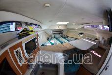 Салон внутри на яхте Бейлайнер 2655 - Katera.ua