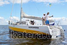 Парусная яхта Александра вид сзади - Katera.ua