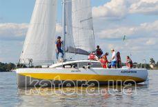 Яхта Александра под всеми парусами - Katera.ua