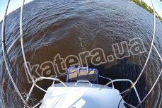 Спуск в воду на корме с яхты Яна - Katera.ua