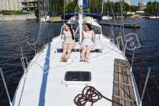 Носовая площадка на верхней палубе яхты Яна - Katera.ua