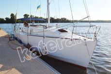 Яхта Глори на причале в яхт-клубе - Katera.ua