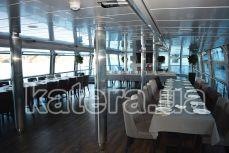 Банкетный зал на нижней палубе теплохода Серебряная Волна - Katera.ua