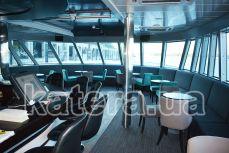 Носовой салон на нижней палубе теплохода Silver Wave - Katera.ua