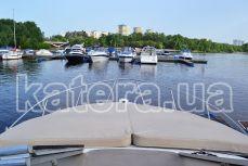 Носовая часть яхты Бейлайнер 285 - Katera.ua