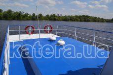 Открытая площадке на верхней палубе в корме - Katera.ua