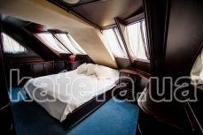 """Yacht """"Romantic"""""""