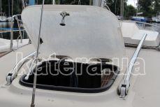 Иллюминатор на яхте Королева - Katera.ua